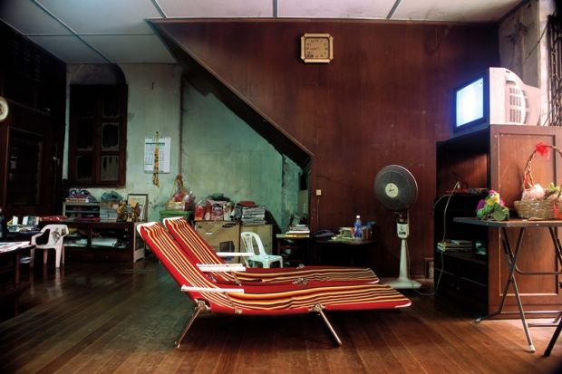 05_Still life with beach chairs,  dried lotus and tube television